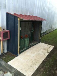 installations abri bonbonne de gaz